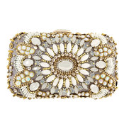 Shop CASSIDY Clutch!